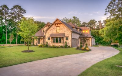 5 Spring Maintenance Tips for a Summer-Ready Yard